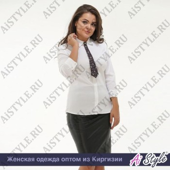Белая блузка-рубашка